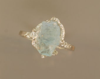 Free form Aquamarine Ring, Raw aquamarine ring, Rough Stone Ring, Twig Ring, aquamarine ring, sterling twig ring,