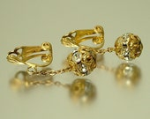 Vintage/ estate 1940s/ 50s Czech style, gold filigree & rhinestone paste diamante, costume clip on earrings - jewelry jewellery