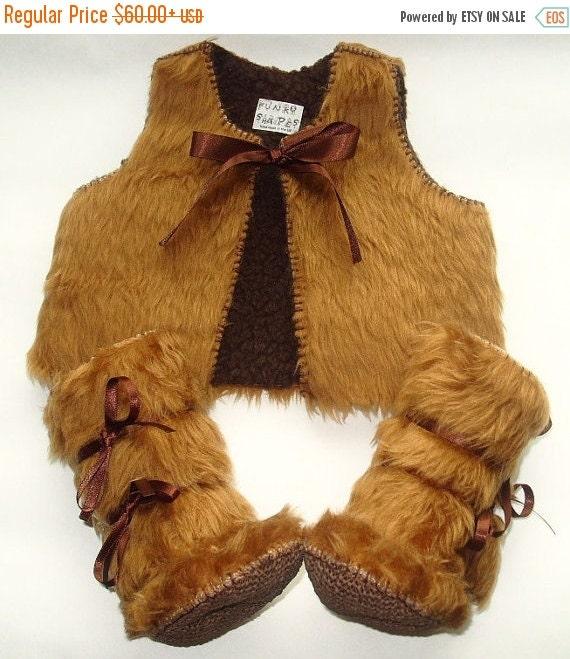 20 % off Summer Sale Baby Photo Prop - Beige Fur Baby Set Vest Fur Waistcoat and Fur Baby Boots Winter Mukluks Baby Clothes