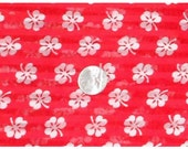 Vintage White Clover on Red Fabric 768