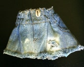 Distressed dog skirt (bleached)