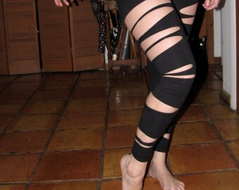 black sliced leggings