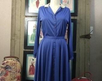 Sale Vintage dress 1970s day dress 70s office dress size medium Vintage secretary dress