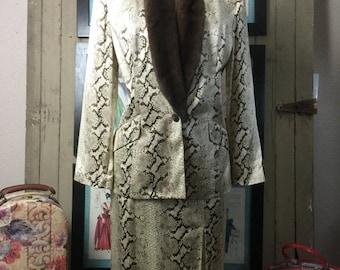 1980s silk suit 80s suit reptile print suit size medium jacket and skirt Vintage suit suit with fur collar