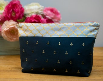 Zipper Pouch, Cosmetic Bag, Accessories Bag, Travel Pouch, Clutch - Nautical, Navy with Anchors, Pineapple Lining