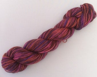 Impossible - handdyed sockyarn 1.75 oz 224 yds