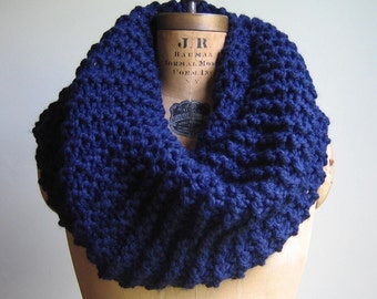 Super Snuggly Chunky knit cowl Navy Blue. Infinity scarf.