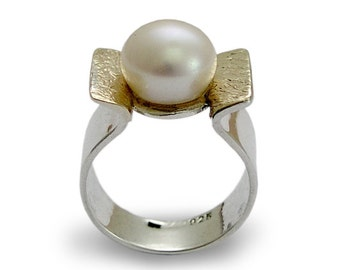 Freshwater pearl ring, Engagement pearl ring, Sterling silver ring,  yellow gold ring, gemstone ring, mixed metal ring - Amazon grace R1531A