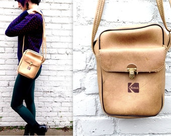 1970's Kodak Camera Bag // Instamatic // Polaroid // Light Tan // Vinyl and Leather // Clasp Pocket // Furry Interior // Shoulder Crossover