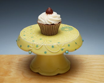 Buttercup yellow Cupcake Stand w. Sky blue dots, Victorian modern