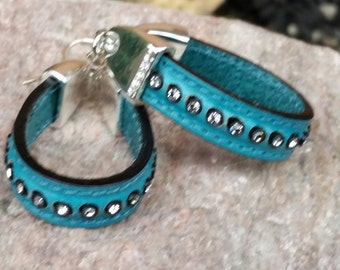 Regaliz Licorice Leather Turquoise Hoop Earrings with Czech Crystals