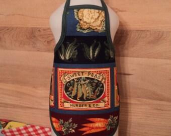 Sweet Peas Dish Soap Bottle Apron - fits 25 oz.