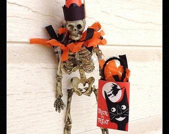 Halloween Decoration Happy Skeleton  Halloween Ornament