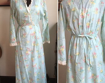 Vintage Bathrobe or Housecoat Dress, Blue Floral Gown, Tailored Fit, Long Sleeve Robe Made by Gee Gee