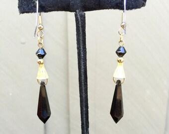 Elegant Black Stone Drop Earring