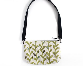 Green leaves on raw linen shoulder Bag