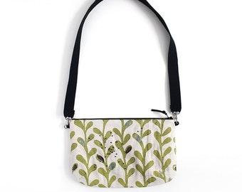 Green leaves on raw linen shoulder Bag