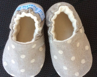 Baby Shoes, Baby Slippers, Taupe Linen, Polka Dots, Soft Sole Baby Shoes, Crib Shoes