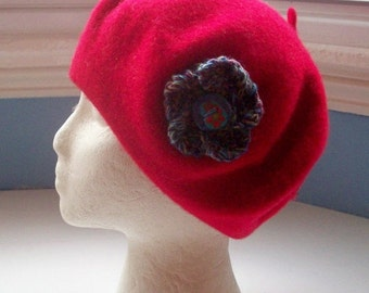 JULY SALE Beret, wool, embellished with hand knit Corsage Flower Pin - Bronze Blues Lilac Medium  with Button