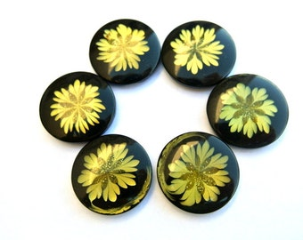 6 buttons,black with olive green flower,  21mm, new,suitable for button jewelry