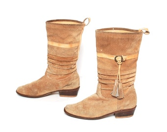 size 8 BOHEMIAN tan leather 80s 90s FRINGE southwest tassels SLOUCHY ankle boots