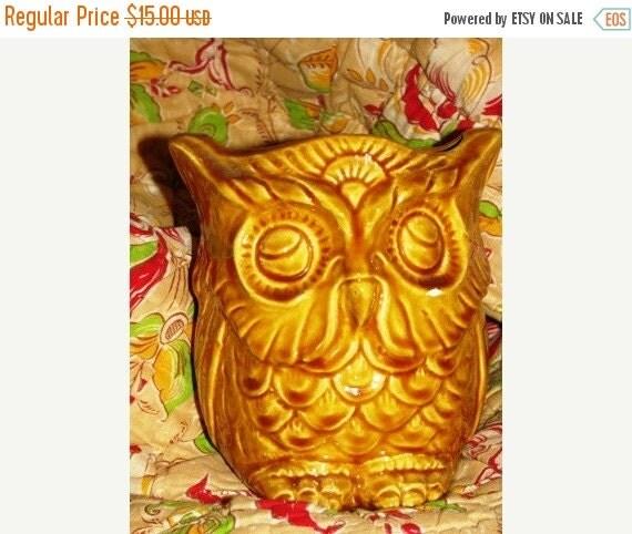 Valentines Day Sale Retro Owl Planter, Golden Rod Gold, Hand Made Ceramic Class, Hooter, Golden Owl, Halloween Owl