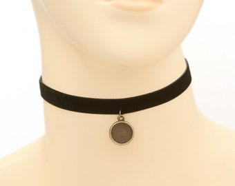 Choker / Necklace kit - black velvet band with antique bronze finish bezel setting, clasps and extention chain  B60B