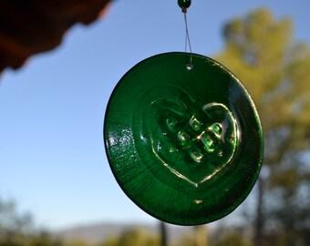 Celtic Knot Heart Suncatcher Green Glass