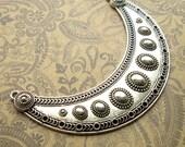 Large Silver Crescent Moon Multi Strand Pendant Collar - 1 Piece - Bib Pendant Necklace Bar Moon Connector (SFD0031)