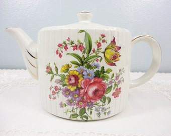 Ellgreave / Arthur Wood Div. Bright Floral English Teapot