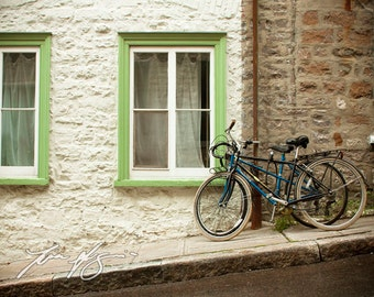 BOGO (Buy one, get one free) - On the Streets of Quebec City - Fine art print - Borderless photo