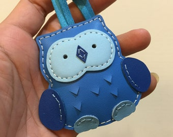 Small size - Fanny the Owl cowhide leather charm ( Blue shape )