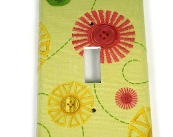 Switchplate Light Switch Cover  in  Cute as a Button (162S)