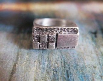 Vintage  Modernistic Square Sterling Silver Ring Lots of Texture size 6