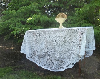 """Vintage Lace Tablecloth White Lace Tablecloth Round Tablecloth Wedding Decorations Table Decor French Country Cottage Prairie 70"""""""