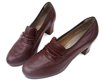 New Vintage 70s Shoes High Heel Pumps Chunky Stack Heel Loafers 1970s Burgundy Unworn Leather Pumps Deadstock size  8 NOS Horse Bit Loafers