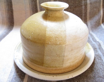 70s Epoch Stoneware Covered Cheese Dome/Server