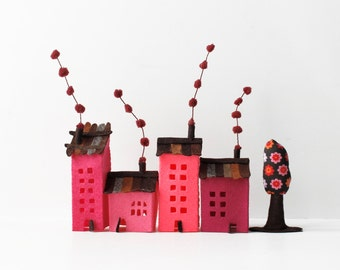 House ornament Set of four buildings of felt with a tree Miniature Sweet Home Dreams Urban scene