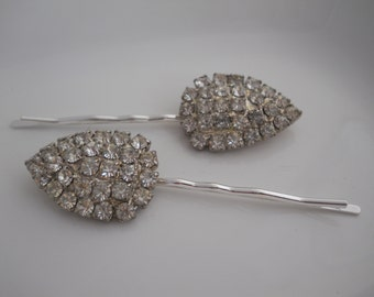 Vintage Rhinestone Bobby Pins 1950's Hair Accessory Sparkly Glass Weiss Bridal Vintage Unique Bride Wedding Tear Drop Shape Authentic Glam