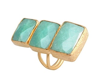 15% Discount Verticle Three Small to Large Green Aventurine Stones Ring