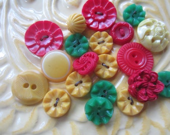 Vintage Buttons - Cottage chic mix of red, yellow and green, lot of 20 old and sweet( june71c)