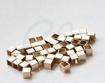 40pcs Raw Brass Square Tube - Spacer - Big Hole 5x5x5m (3067C-S-408)