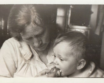 Original Vintage Photograph Older Woman Grandma ? Feeding Baby 1930s-40s