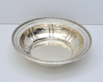 Watson Sterling Silver Round Vegetable Bowl with Pierced Design, circa 1920s - 1930s