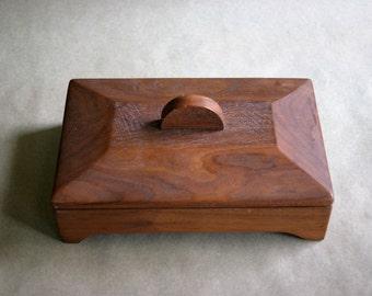 Sleek Vintage Wooden Trinket Box Handmade in 1968, Mid Century, Clean Lines, Dresser Storage, Jewelry Organizer