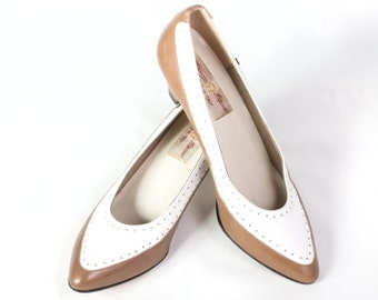 VTG 90's Two Toned Spectator Pumps size 7 Womens Etienne Aigner Leather Brown & White High Heels