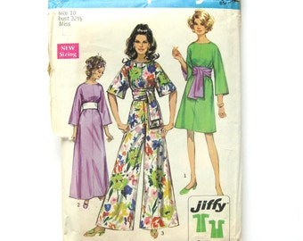 Mod Pant Dress Jumpsuit with Sash Belt / Vintage Sewing Pattern - Simplicity 8560  / Size 10