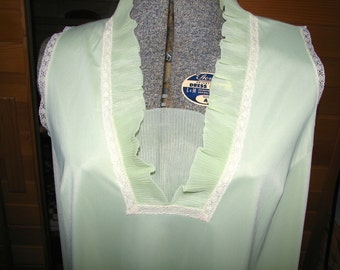 Vintage Full Length Double Chiffon Pretty Sheer Green Night Jacket Dressing Gown Sleep Jacket Size Large L