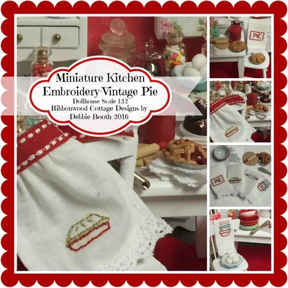 PDF Miniature Kitchen Embroidery-Vintage Pie Pattern PDF
