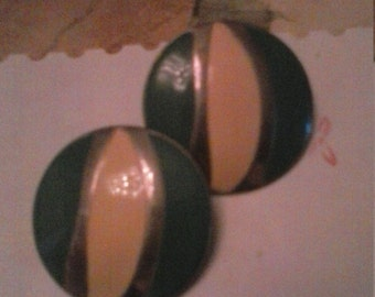 Retro Large Circle Clip On Earrings Green Yellow